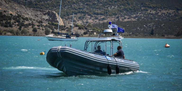 Κέρκυρα: Μηχανική βλάβη σε σκάφος με τρεις επιβαίνοντες