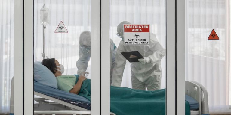 Κορωνοϊός: Μικρότερος ο κίνδυνος επιπλοκών και θανάτου για όσους έχουν επαρκή βιταμίνη D