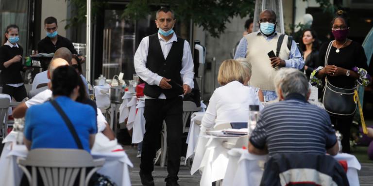 Γρίπη και κορωνοϊός ταυτόχρονα αυξάνουν τον κίνδυνο θανάτου – Τι ζητούν οι ειδικοί